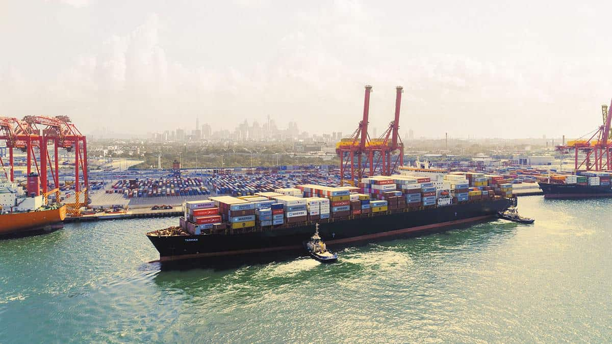 Suspension of industrial action at Port Botany set to ease built-up congestion