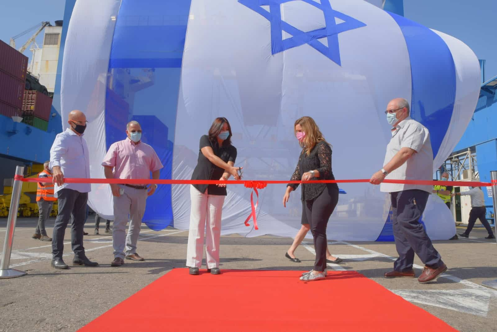 First export shipment from Israel to Dubai leaves Ashdod Port