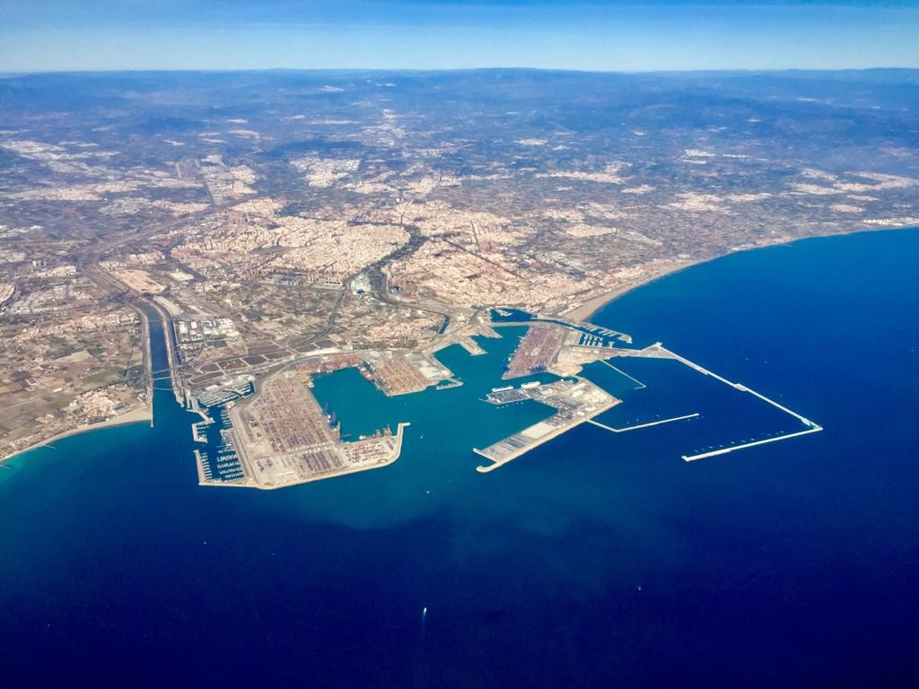 Awake.AI partners with ports of Valencia and Livorno to optimise truck turnaround times