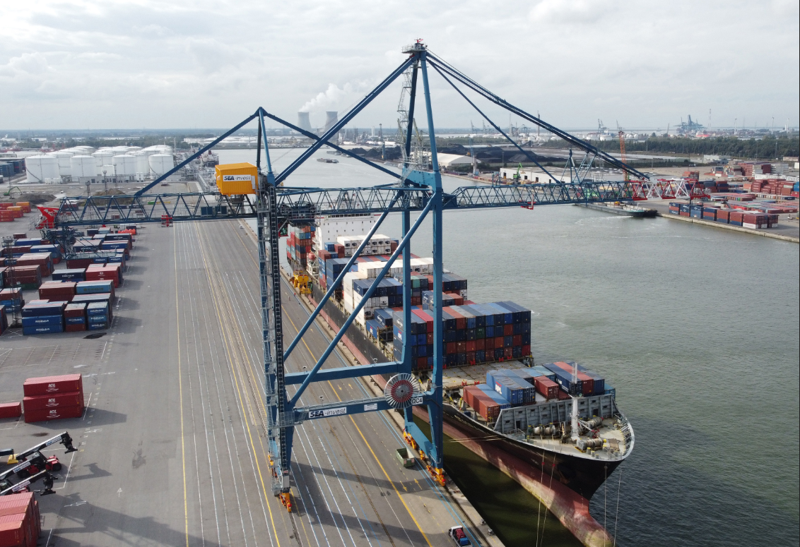 SEA-invest orders two more Liebherr STS cranes for Antwerp Container Terminal