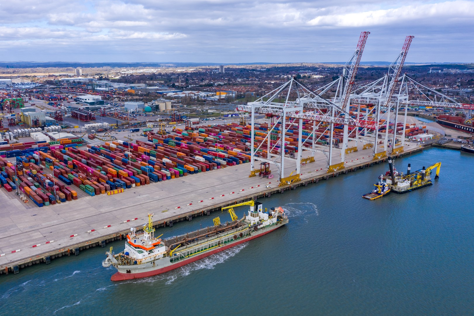 DP World Southampton awarded £40m investment