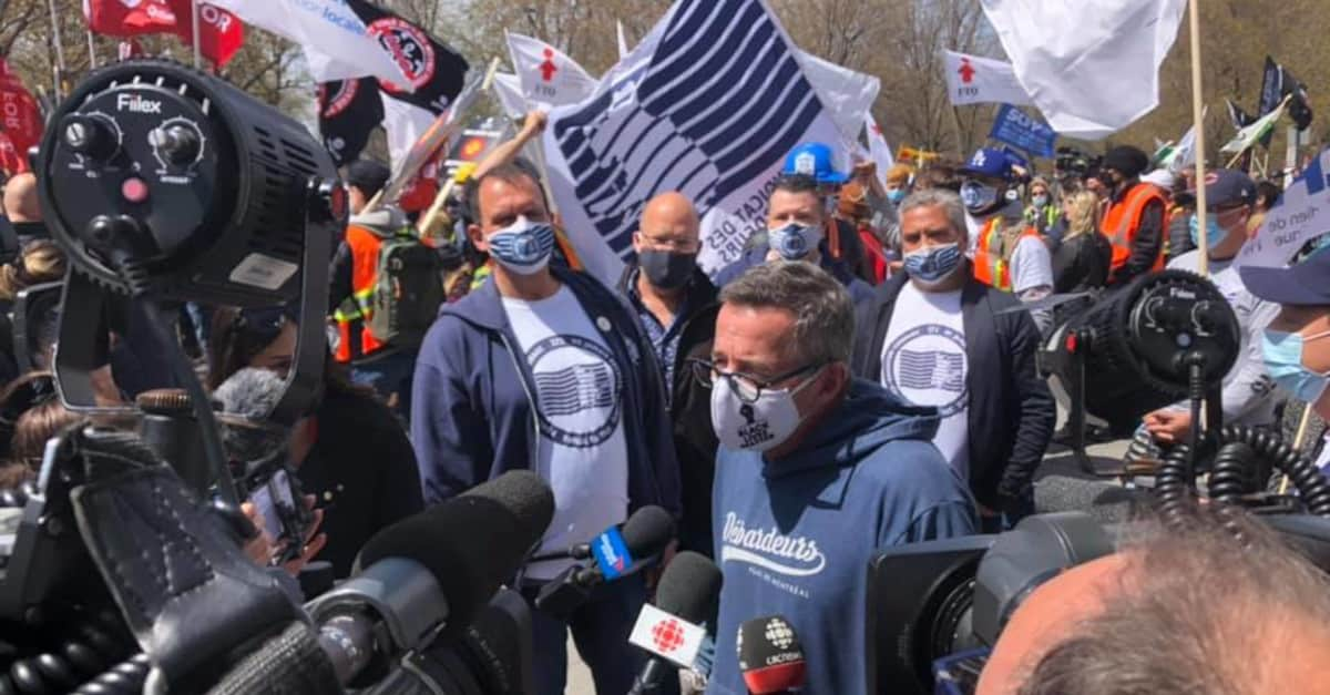 Canadian government passes law to end Montreal dockers strike