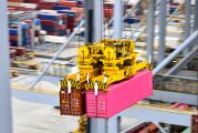 RAM Spreaders tandem system helps ports reach 24th row