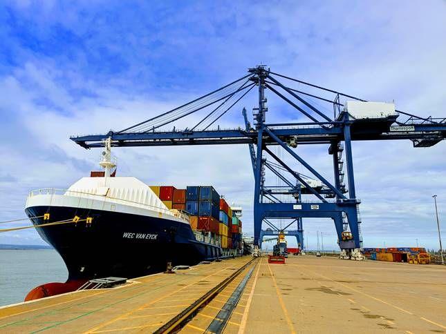 London Thamesport handles new service to Bilbao