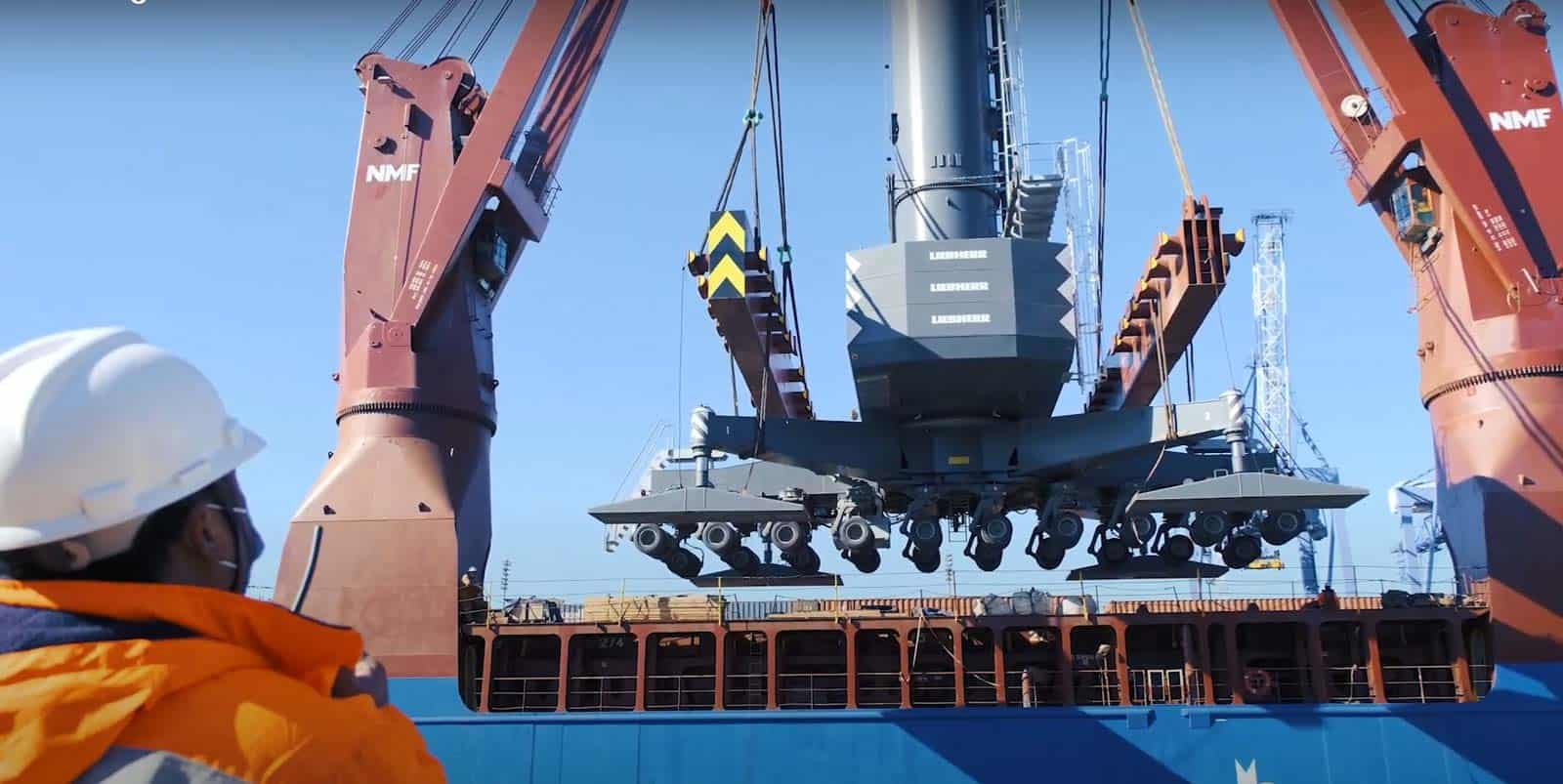 APM Terminals Buenos Aires purchases new mobile harbour crane
